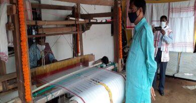 केंद्र सरकार मेक इन इंडिया के तहत हथकरघा उद्योग पर फोकस कर रही है: संजय सेठ