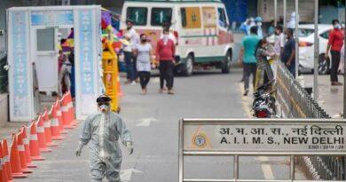 दिल्ली सरकार की बढ़ी टेंशन, कंट्रोल में नही आ रहा है कोरोना वायरस का संक्रमण