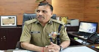 Jharkhand DGP tweeted his number to inform about naxalites