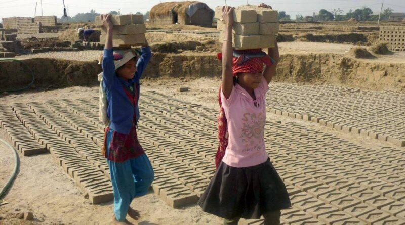 World Day against Child Labour 2021: 20 सालों मे पहली बार दुनिया भर में बाल श्रम में वृद्धि दर्ज