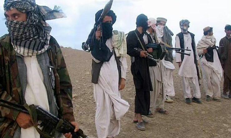 अफगानिस्तान : अज्ञात बंदूकधारियों ने 100 नागरिकों की हत्या की