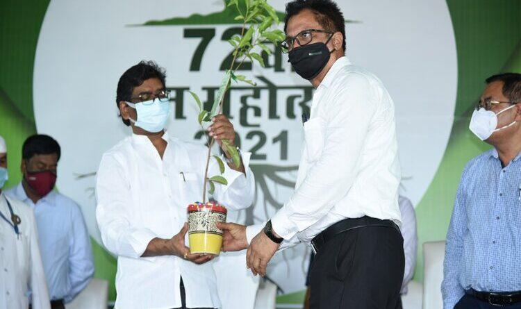 वन विभाग लोगों के बीच फलदार पौधों का वितरण करे: मुख्यमंत्री