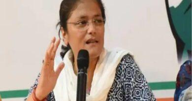 महिला कांग्रेस अध्यक्ष सुष्मिता देव ने दिया इस्तीफा