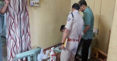 मुख्यमंत्री सचिवालय के अधिकारी के माता-पिता की गला रेतकर हत्या
