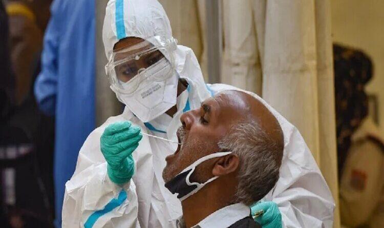 देश में कोरोना के मामलों में थोड़ा इजाफा, 24 घंटे में 31 हजार मरीज